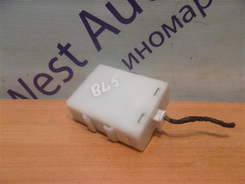 Блок управления замками Subaru Legacy B4 BL5