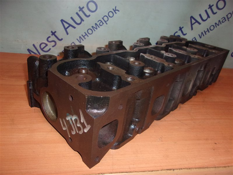 Головка блока цилиндров Isuzu Elf NKR55 4JB1