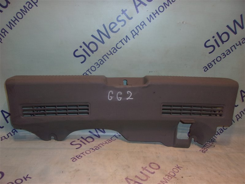 Накладка замка багажника Subaru Impreza GG2