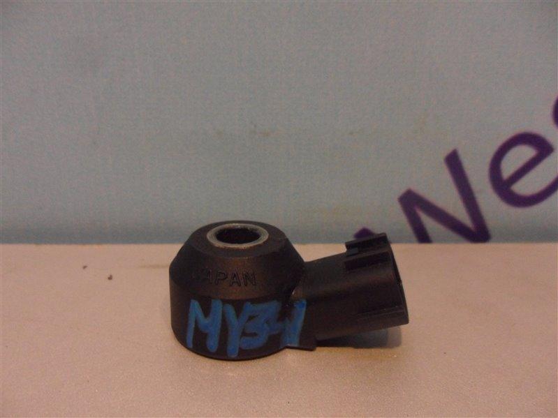 Датчик детонации Nissan Cedric MY34 VQ25DD