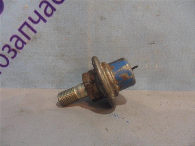 Регулятор давления топлива Toyota Nadia ACN10 1AZFSE