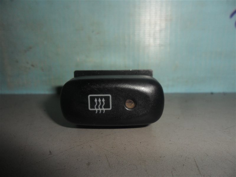 Кнопка обогрева заднего стекла Suzuki Escudo TD52W J20A 1997