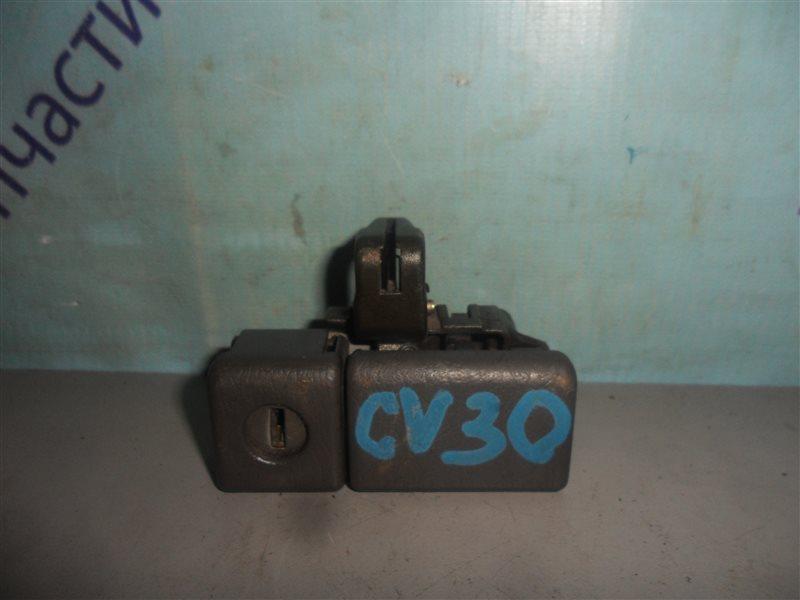 Замок бардачка Toyota Camry CV30 2CT