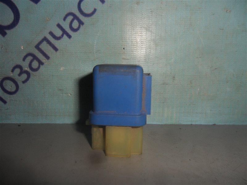 Реле Nissan Cube Z10 CG13