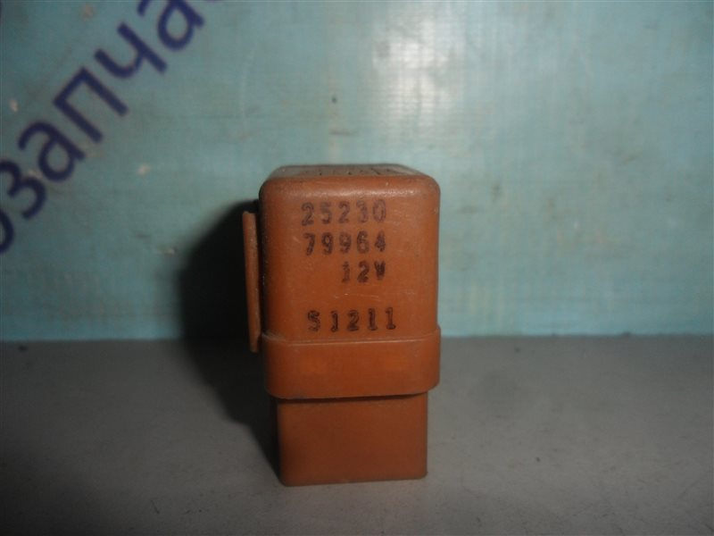 Реле Nissan Cube Z10 CG13DE