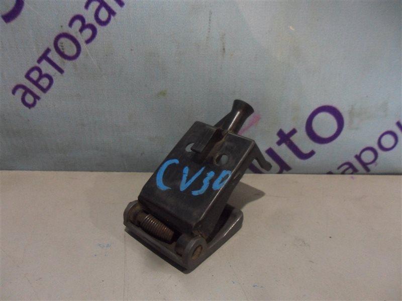 Ручка открытия капота Toyota Vista CV30 2CT