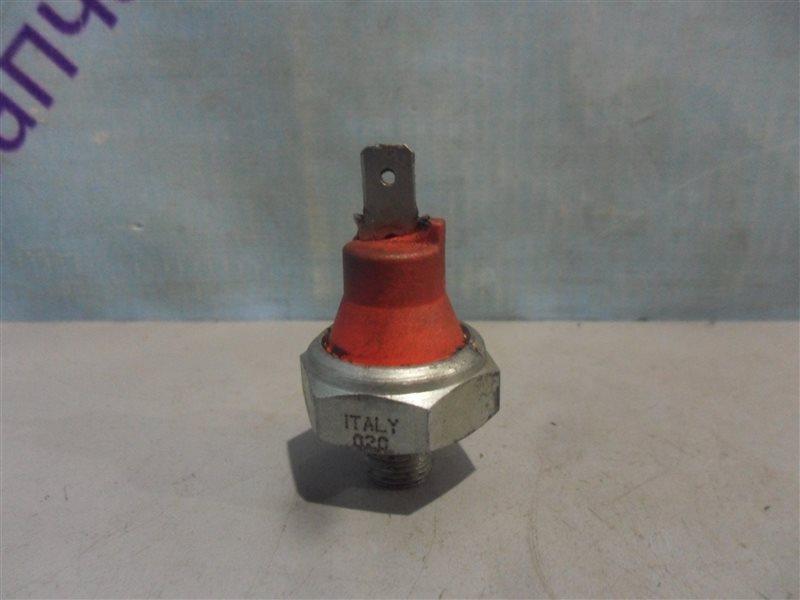 Датчик давления масла Mazda Premacy CPEW FSDE