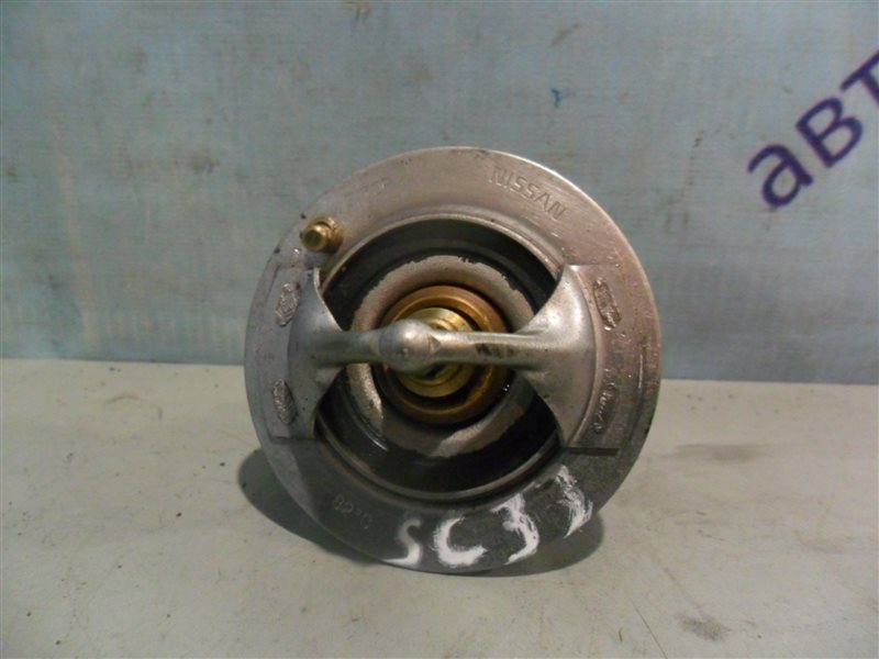Термостат Nissan Laurel SC33 RD28 1991