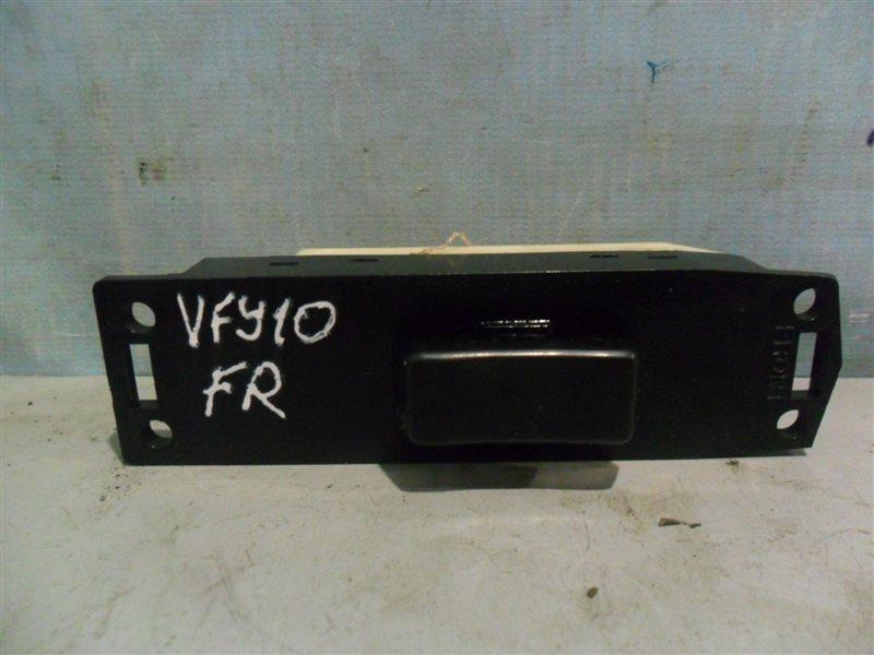 Блок упр. стеклоподьемниками Nissan Ad VFY10 GA15DS 1991 передний правый