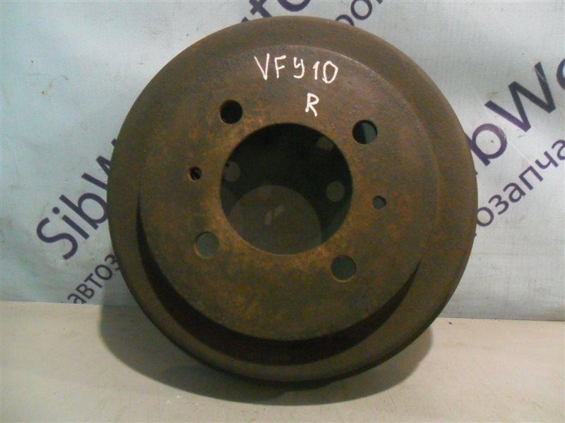 Тормозной барабан Nissan Ad VFY10 GA15DS 1991 задний