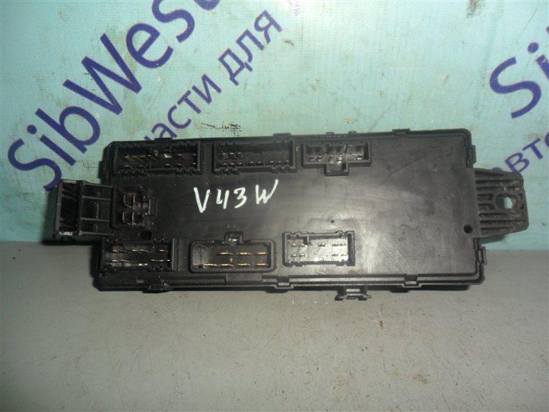 Блок предохранителей Mitsubishi Pajero V43W 6G72 1994