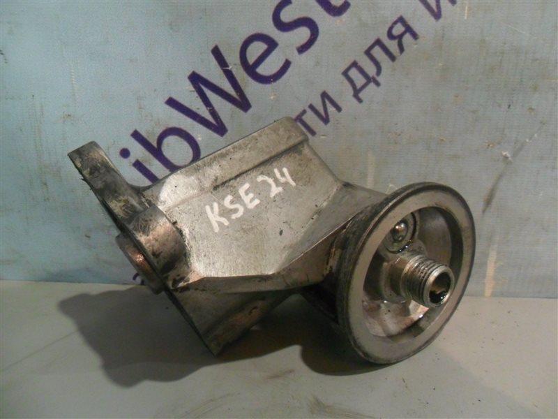 Крепление масляного фильтра Nissan Homy KSE24 LD20 1991