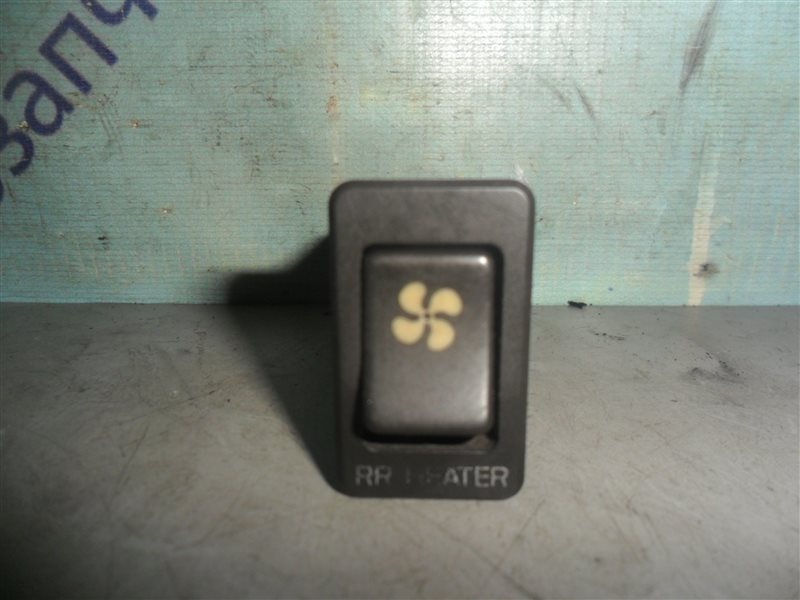 Кнопка включения печки Nissan Homy KSE24 LD20 1991
