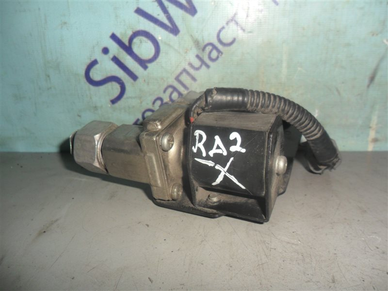 Клапан кондиционера Honda Odyssey RA2 F22B 1996