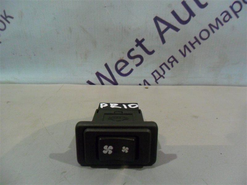 Кнопка включения печки Nissan Presea PR10 SR18DI 1991