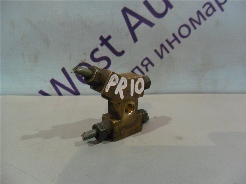 Распределитель тормозной Nissan Presea PR10 SR18DI 1991