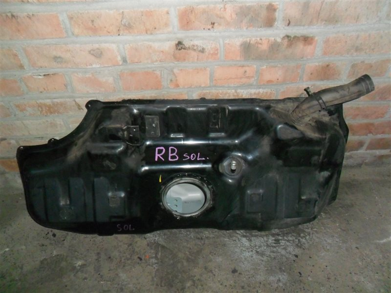 Бензобак Hyundai Solaris RB G4FA 2012