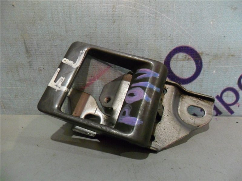 Ручка двери внутренняя Mitsubishi Delica P01V G33B 1990 передняя левая