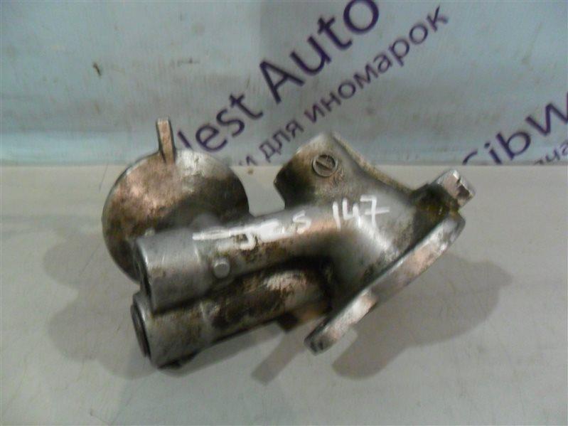 Крепление масляного фильтра Toyota Aristo JZS147 2JZGE 1996