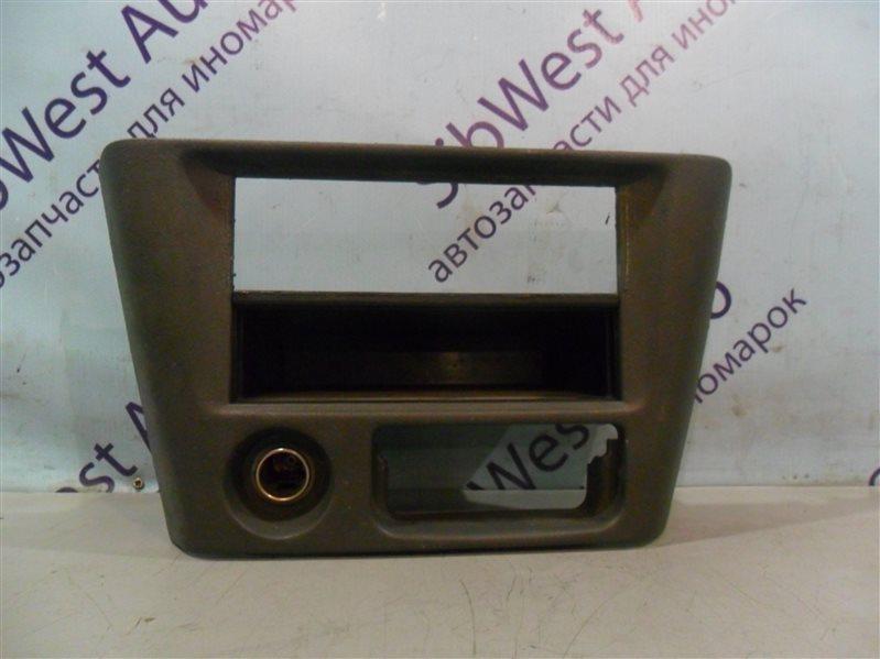 Консоль магнитофона Mitsubishi Lancer CK2A 4G15 1999