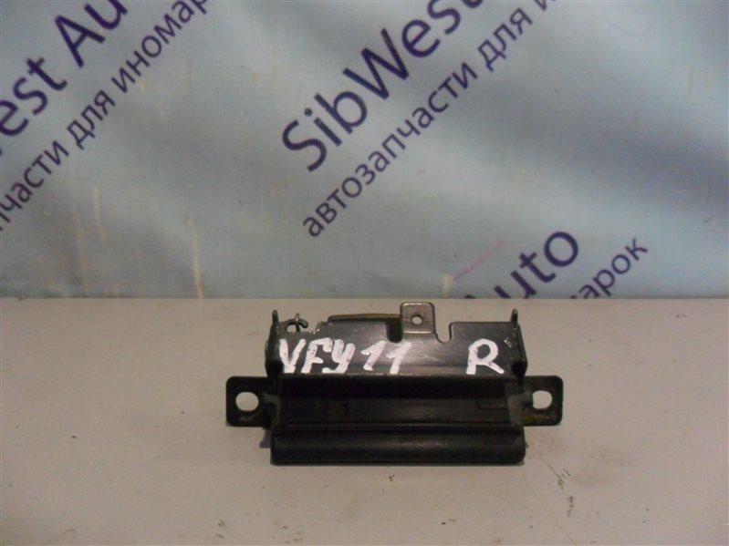 Ручка задней двери Nissan Ad VFY11 QG15DE 1999