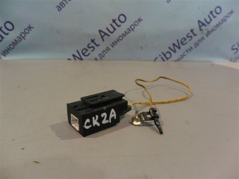 Резистор Mitsubishi Lancer CK2A 4G15 1997