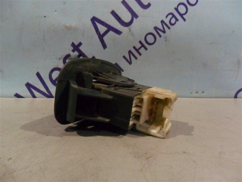 Кнопка стеклоподъемника Nissan Pulsar SN15 CD20 1996 задняя левая