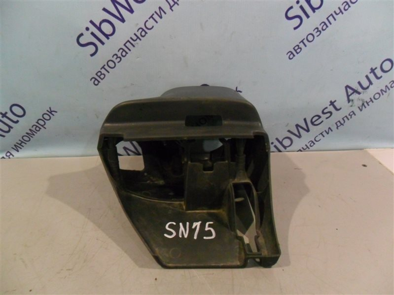 Кожух рулевой колонки Nissan Pulsar SN15 CD20 1996