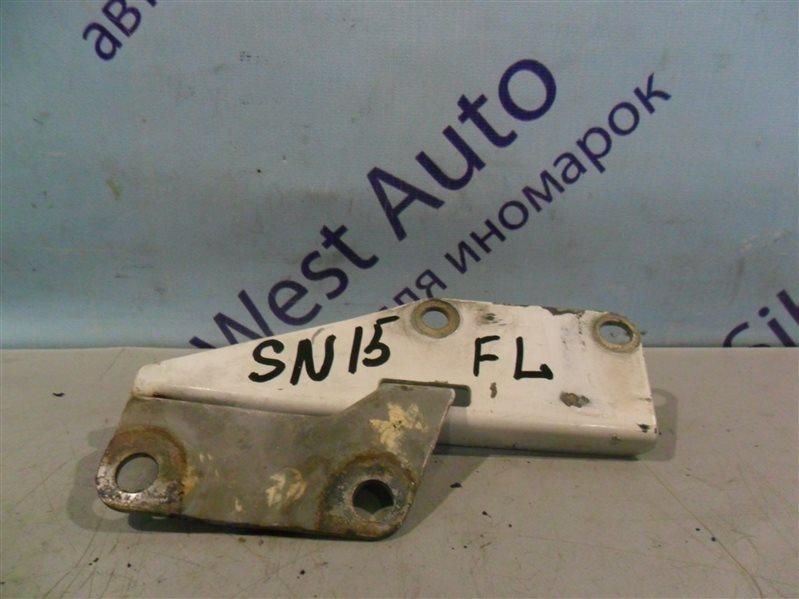Петля капота Nissan Pulsar SN15 CD20 1996 передняя левая