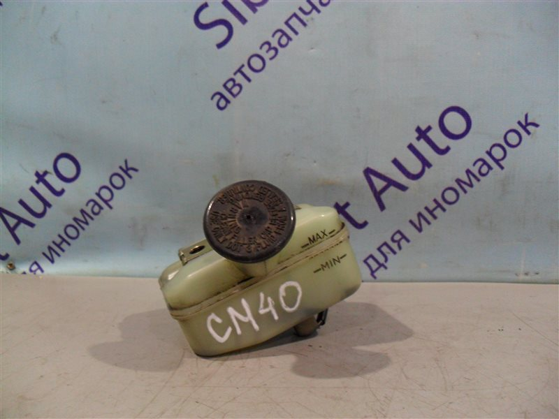 Бачок для тормозной жидкости Toyota Lite Ace CM40 2CT 1991