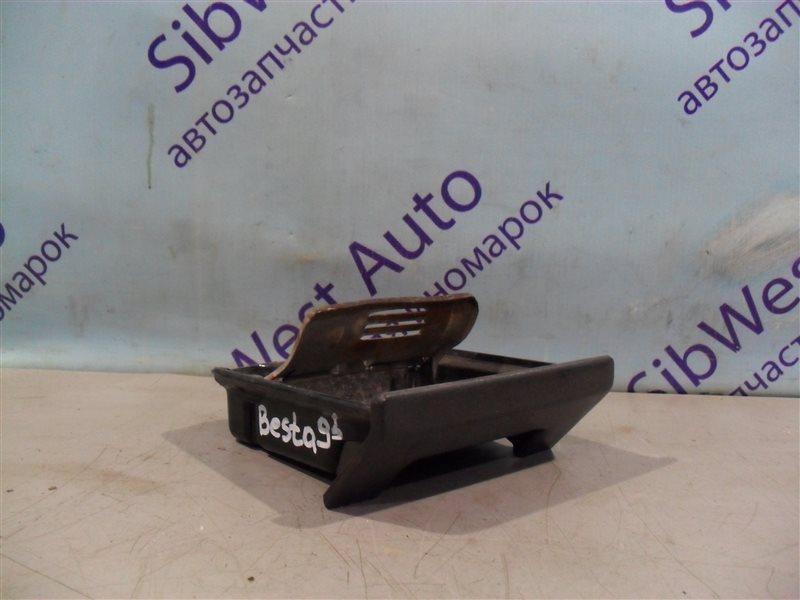 Пепельница Kia Besta SS28M R2 1995 передняя
