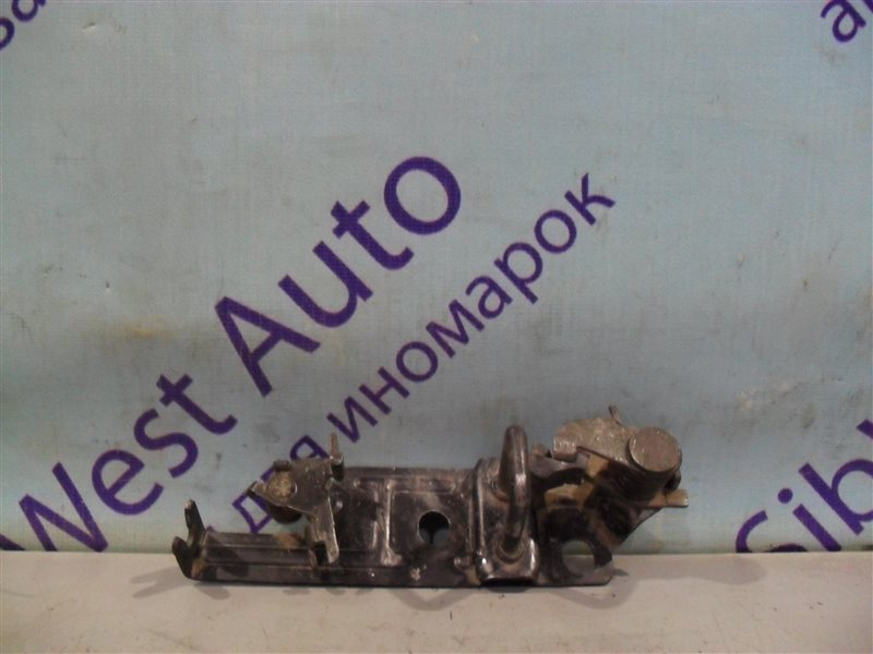 Петля замка багажника Honda Accord CD3 F18B 1995