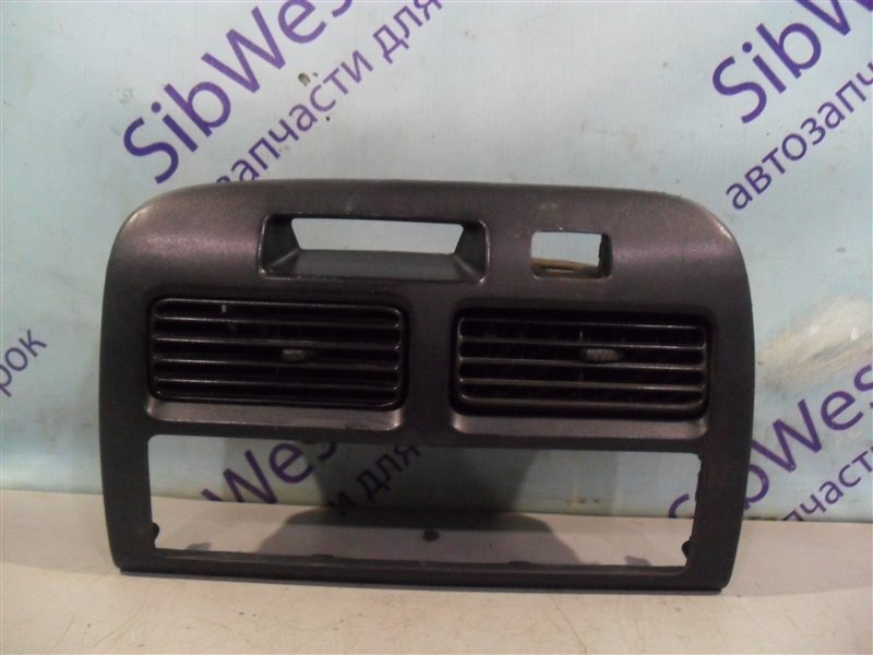 Консоль магнитофона Toyota Camry SV41 3S-FE 1995 передний