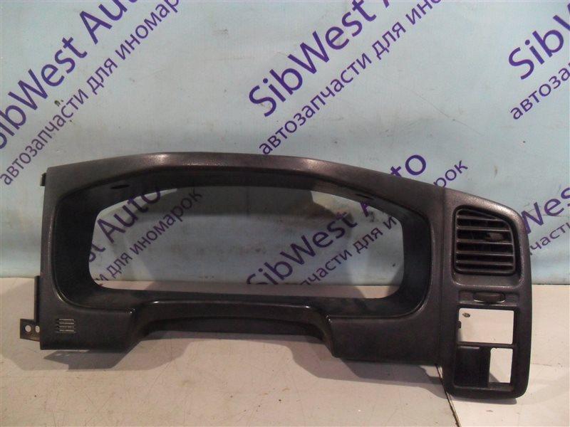 Консоль под щиток приборов Nissan Primera P11 SR18DE 1997