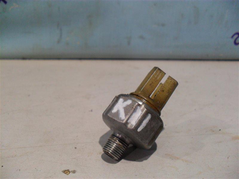 Датчик давления масла Nissan March K11 CG10DE 1994