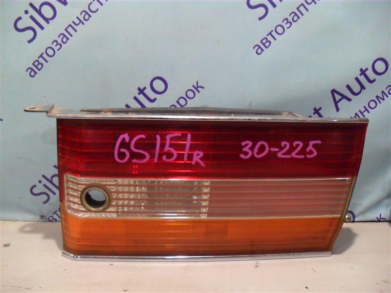 Вставка между стопов Toyota Crown GS151 1GFE 1997 правая