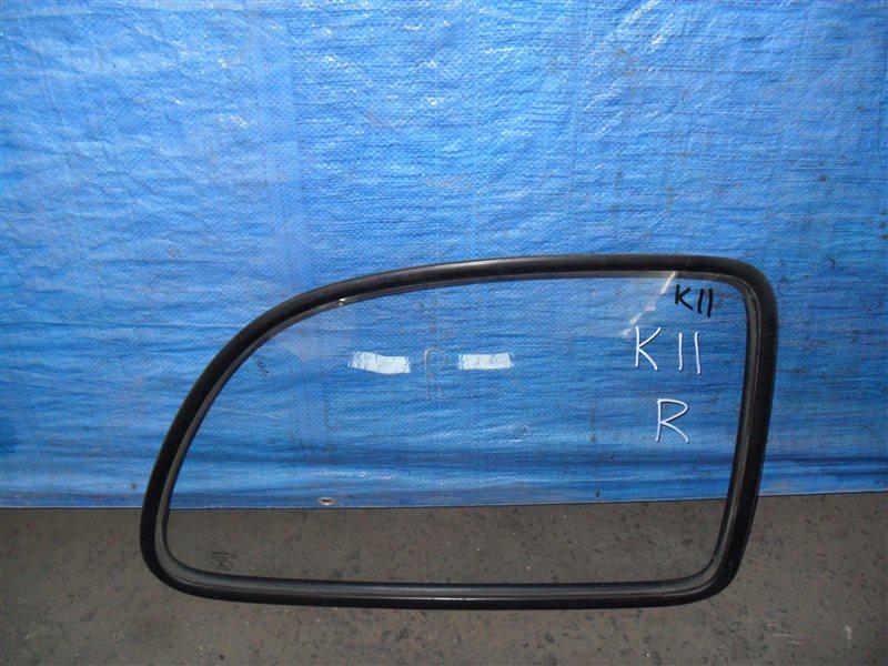 Стекло собачника Nissan March K11 CG10DE 1994 заднее правое