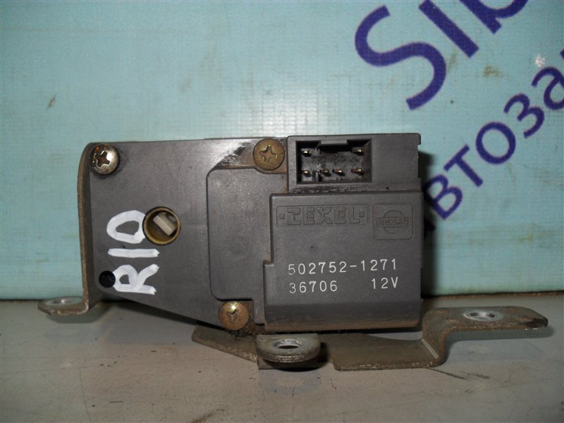 Сервопривод заслонок печки Nissan Presea R10 GA15DS 1991