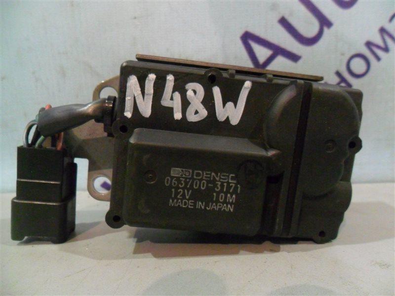 Сервопривод заслонок печки Mitsubishi Chariot N48W 4D68 1994