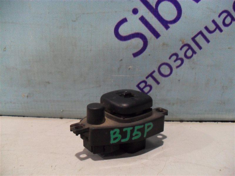 Блок управления зеркалами Mazda Familia BJ5P ZL 2001