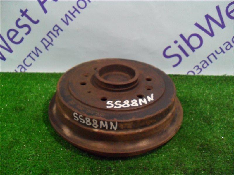 Тормозной барабан Nissan Vanette SS88MN F8 1997 задний
