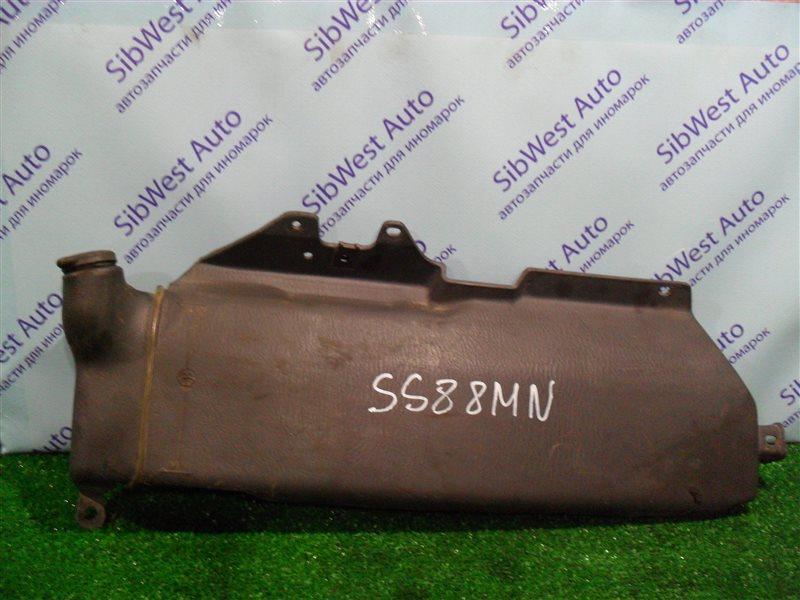Бачок стеклоомывателя Nissan Vanette SS88MN F8 1997