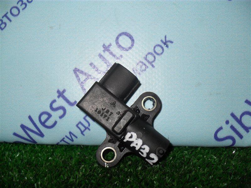 Датчик положения коленвала Nissan Cefiro PA32 VQ25DE 1995