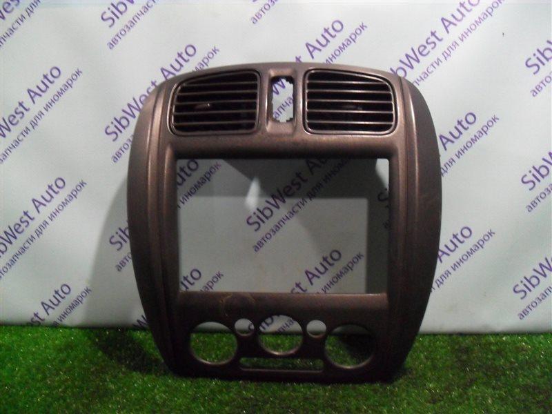 Консоль магнитофона Mazda 323 BJ ZM 2001 задний левый