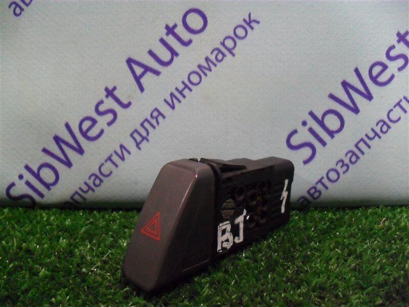 Кнопка аварийной сигнализации Mazda 323 BJ ZM 2001