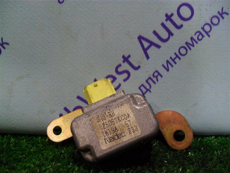 Датчик airbag Mazda 323 BJ ZM 2001