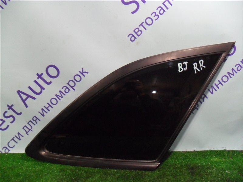 Стекло собачника Mazda 323 BJ ZM 2001 заднее правое