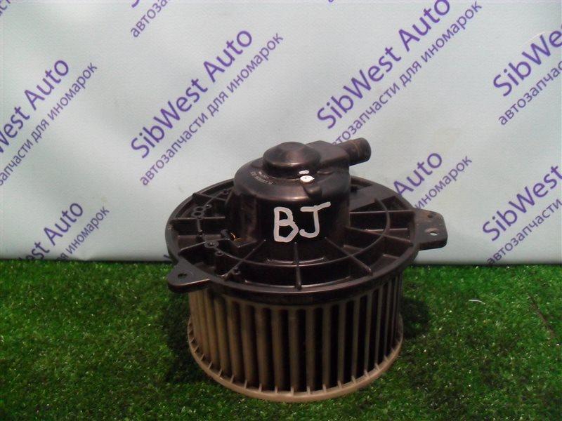 Мотор печки Mazda 323 BJ ZM 2001