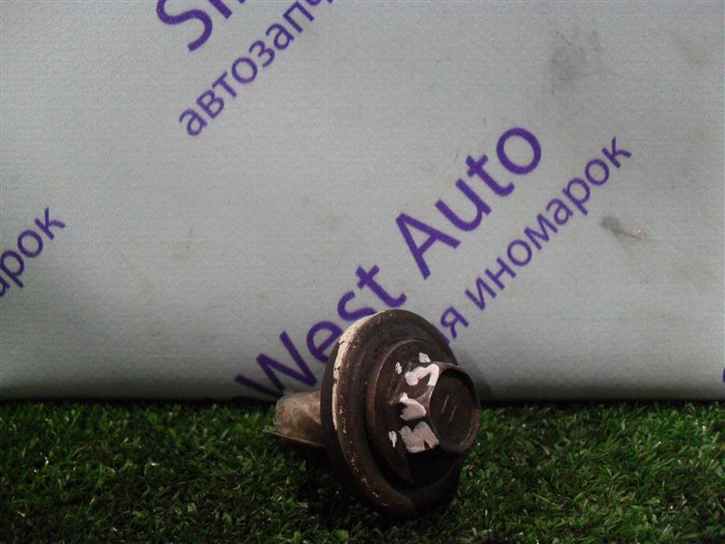 Болт шкива коленвала Toyota Vista SV30 4S-FE 1992