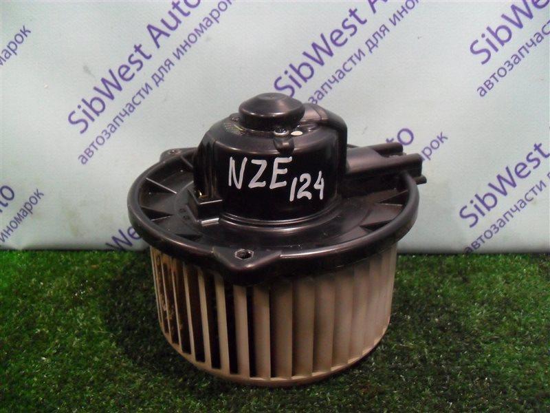 Мотор печки Toyota Corolla NZE124 1NZFE 2007
